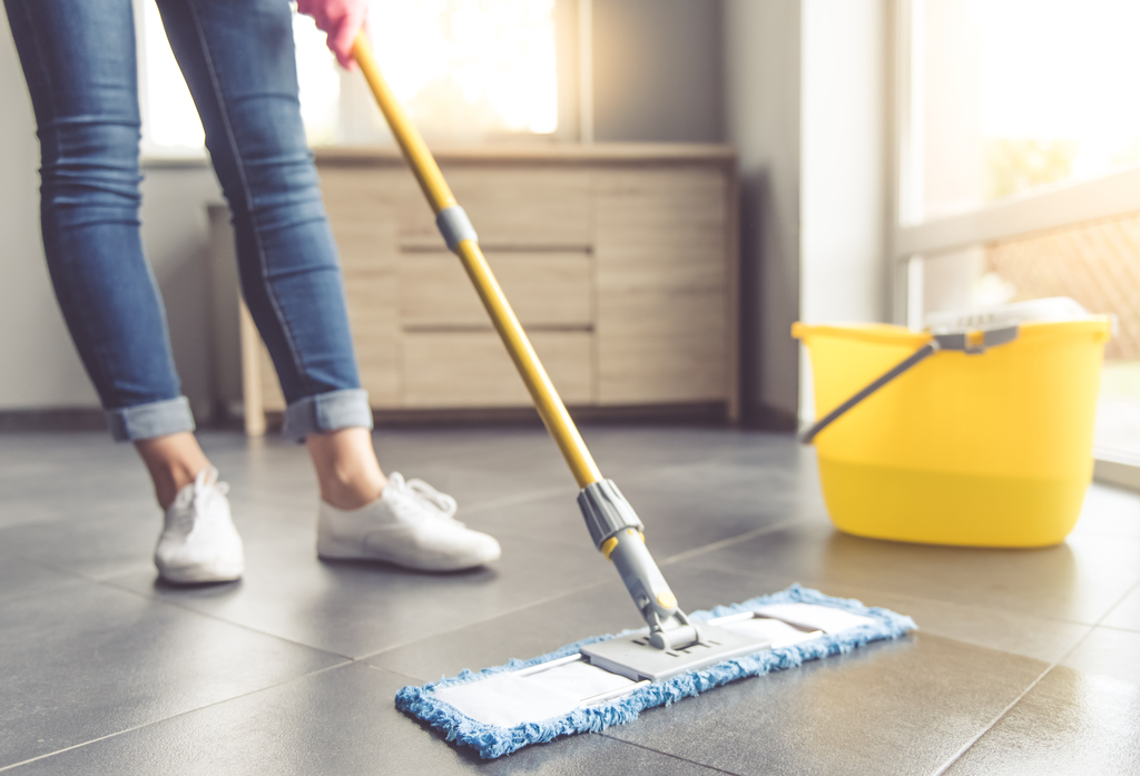 how to clean laminate flooring 5